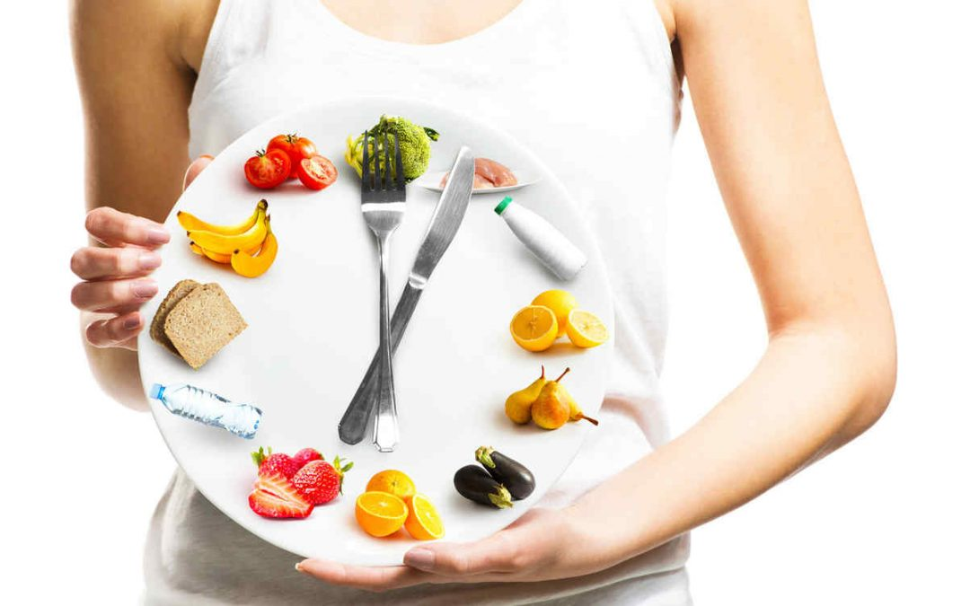 ¿Cuál es la hora indicada para tomar cada alimento?